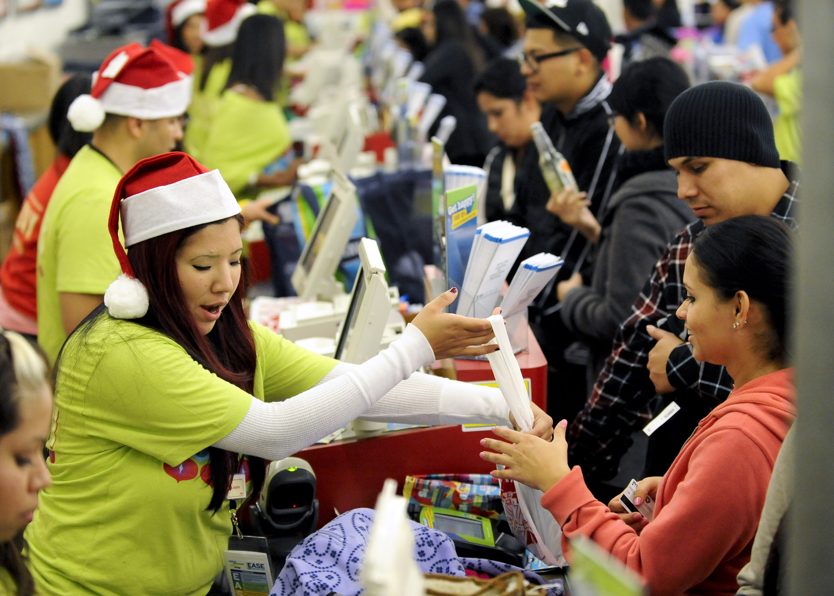 This holiday season, nudge like the private sector taught you