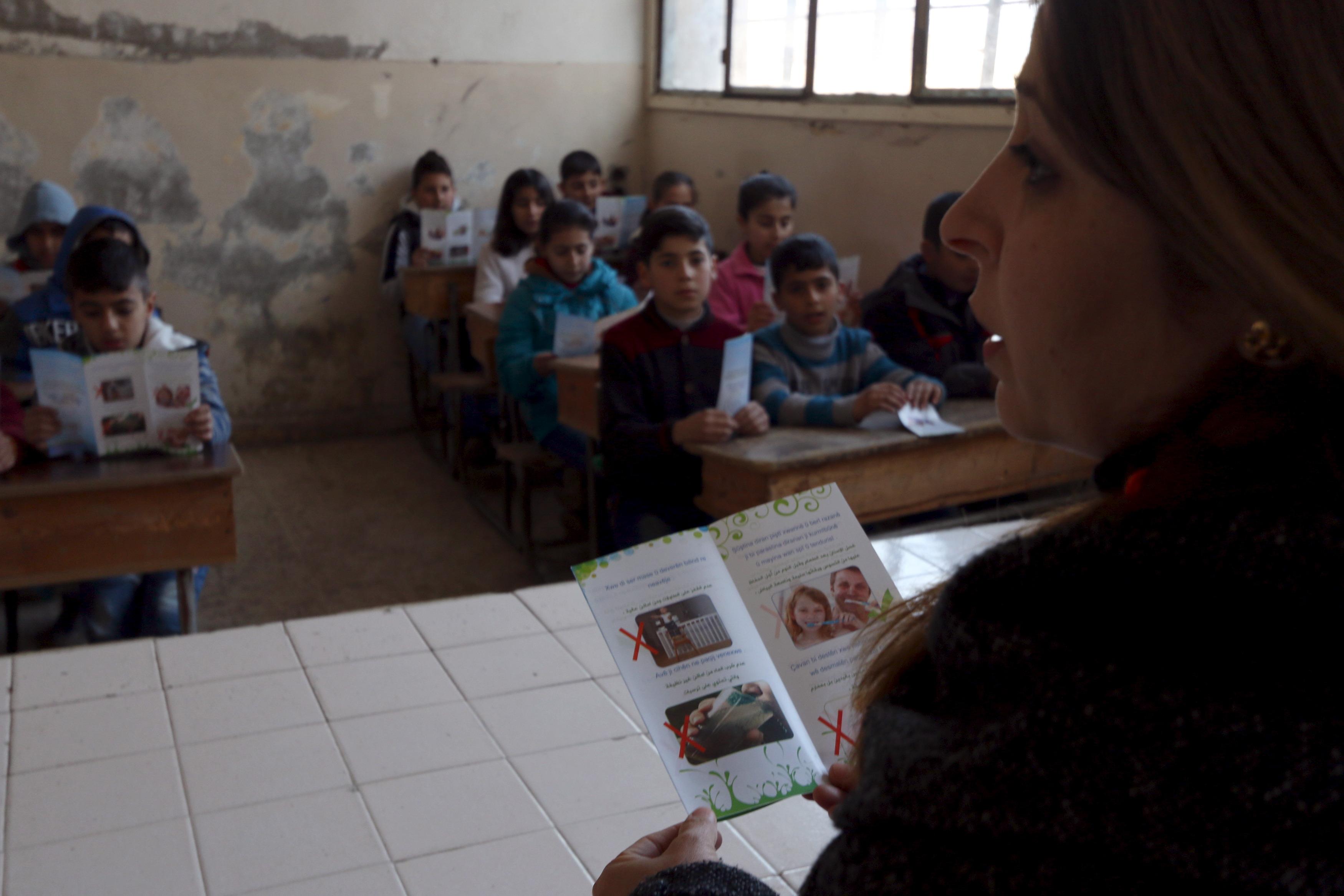 syria_teacher001