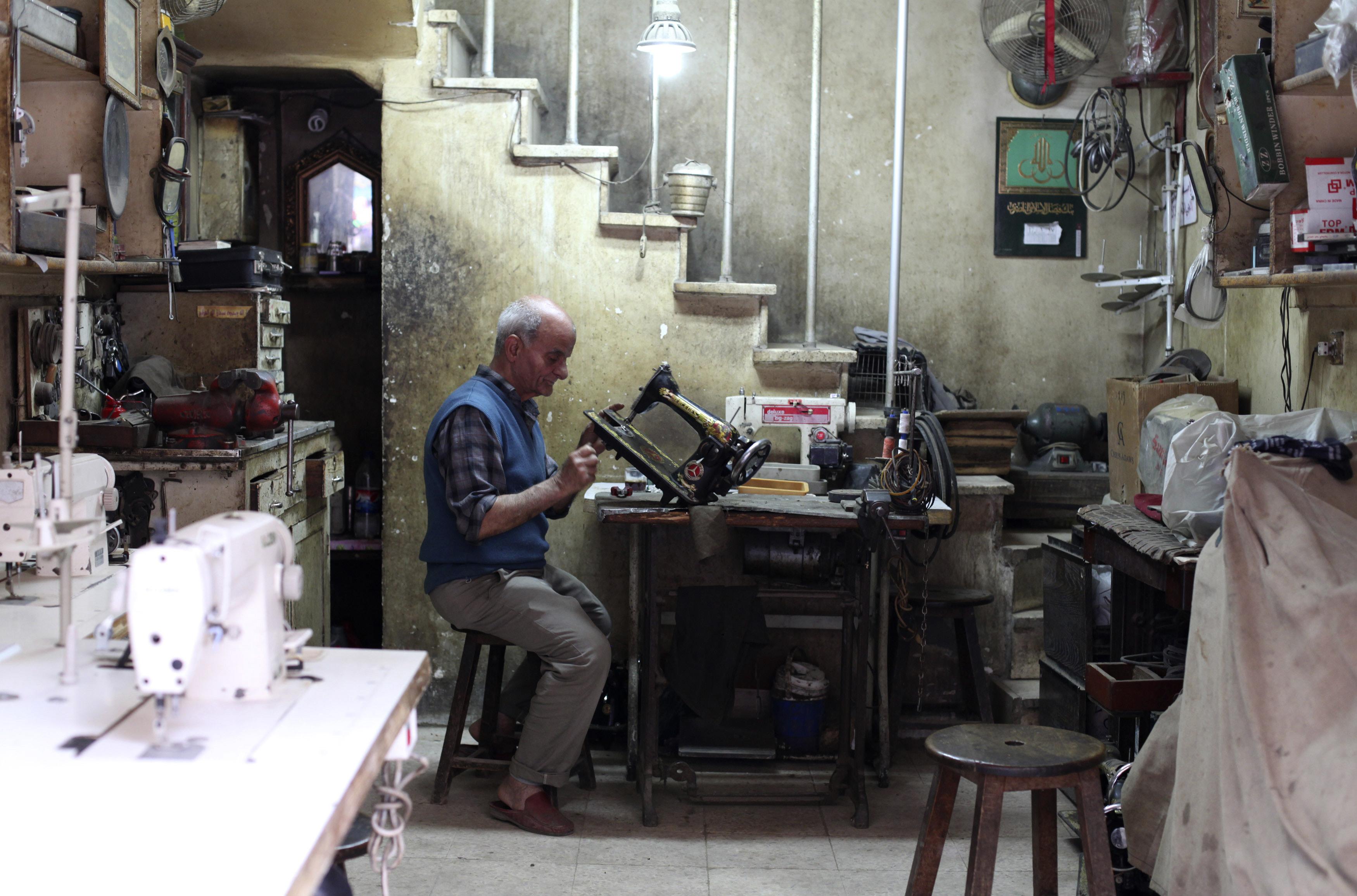 egypt_sewingmachinerepair001