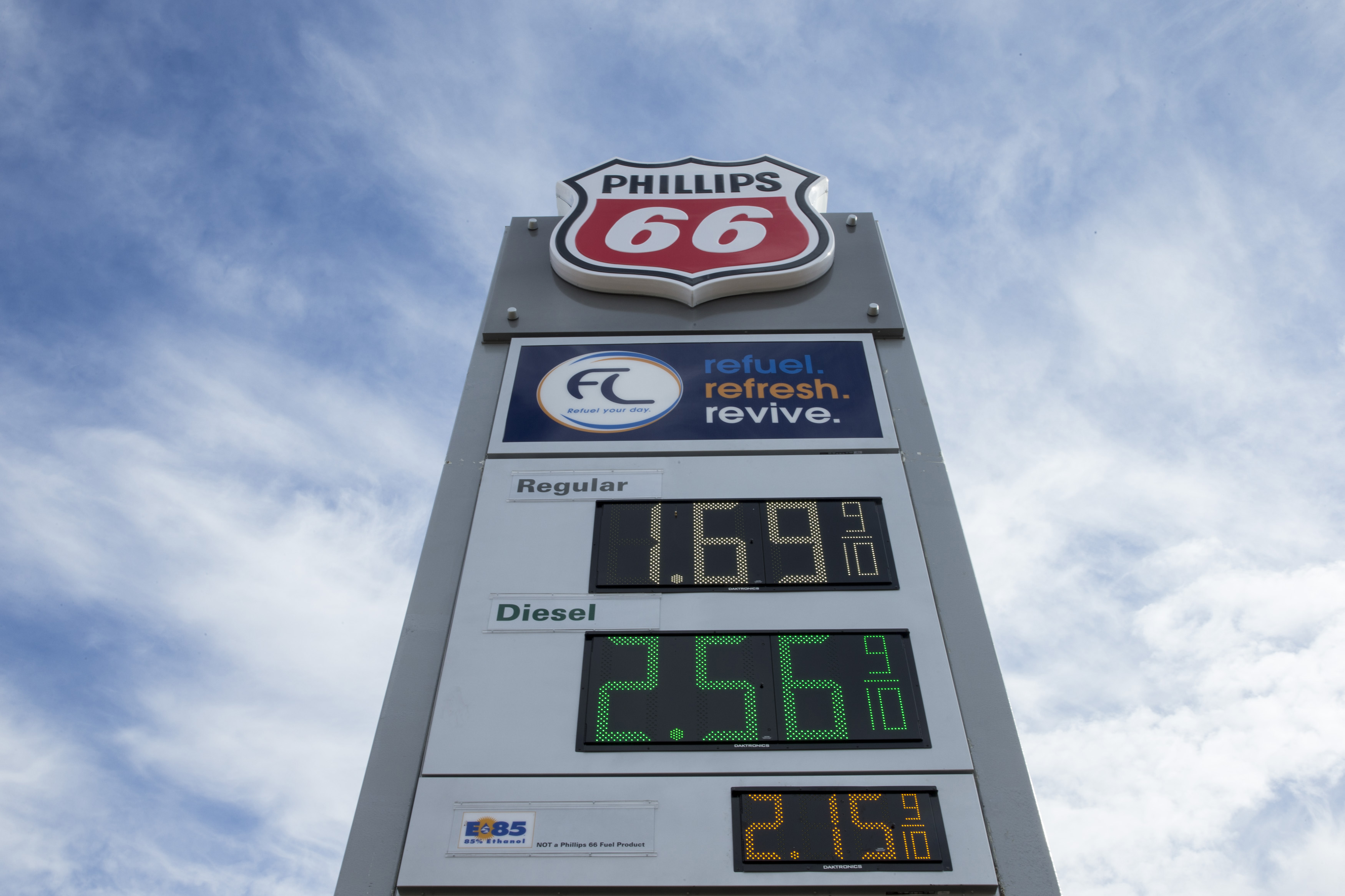Cheap Gas Prices Near Me >> Our Crisis Is One Of Infrastructure So Let S Roll Out The Gas Tax