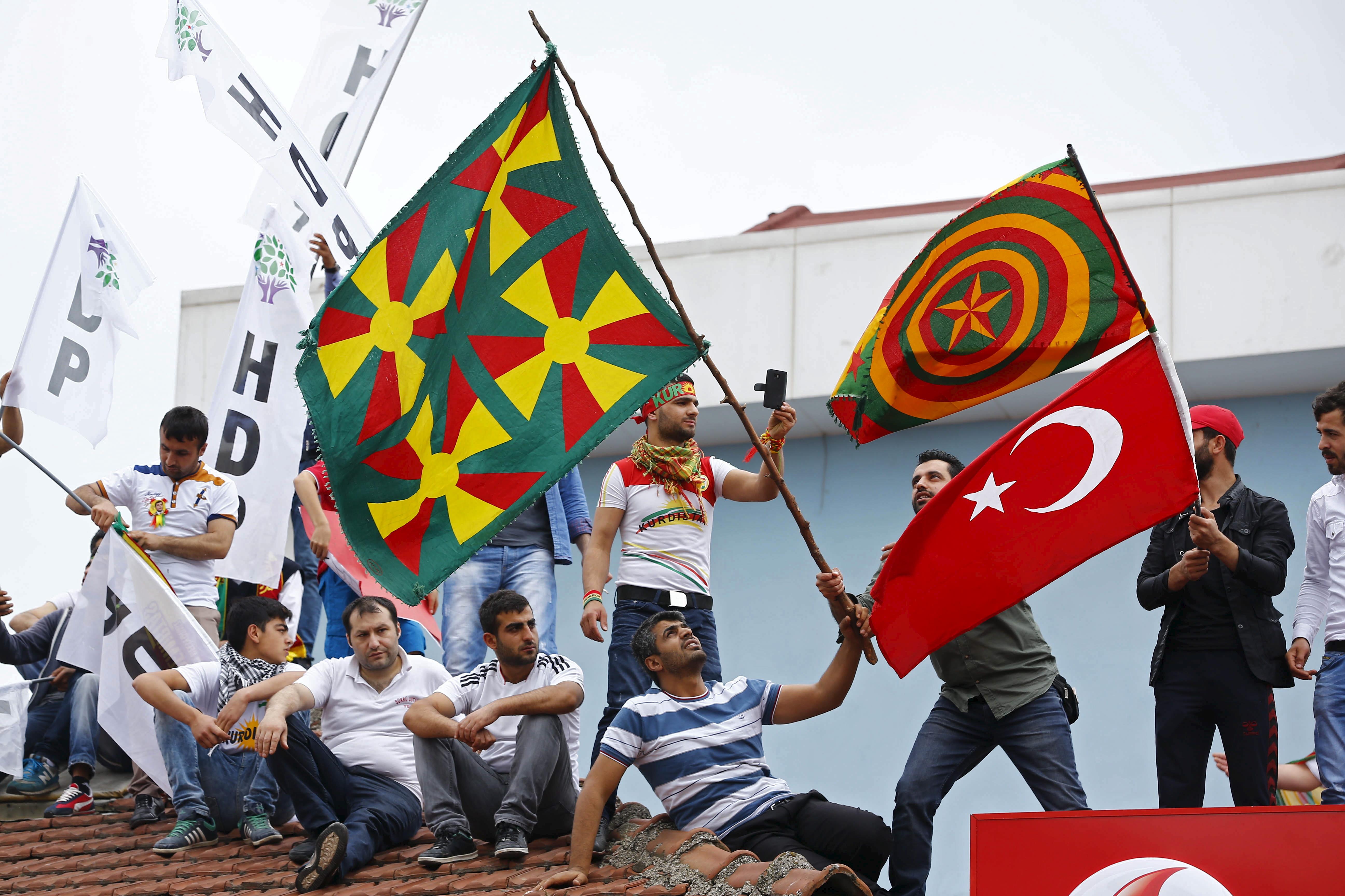 turkish kurdish nationalism During the mandate period, treatment of kurds varied from substantial autonomy to severe discrimination within turkey, kurdish nationalism.