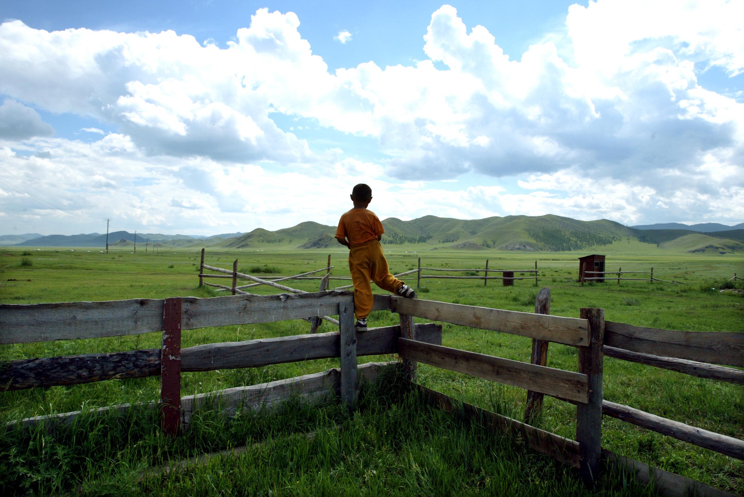 mongolia_child001