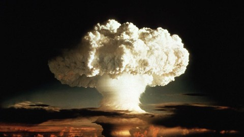 """1952 FILE PHOTO - The mushroom cloud of the first test of a hydrogen bomb, """"Ivy Mike"""", as photographed on Enewetak, an atoll in the Pacific Ocean, in 1952, by a member of the United States Air Force's Lookout Mountain 1352d Photographic Squadron. The top secret film studio, then located in Hollywood,California, produced thousands of classified films for the Depatment of Defense and the Atomic Energy Commission beginning in 1947. A 50th anniversary tribute to these """"Atomic Cinematographers"""" and their work is planned for October 22 in Hollywood.  ATOMIC - RTR7YHQ"""