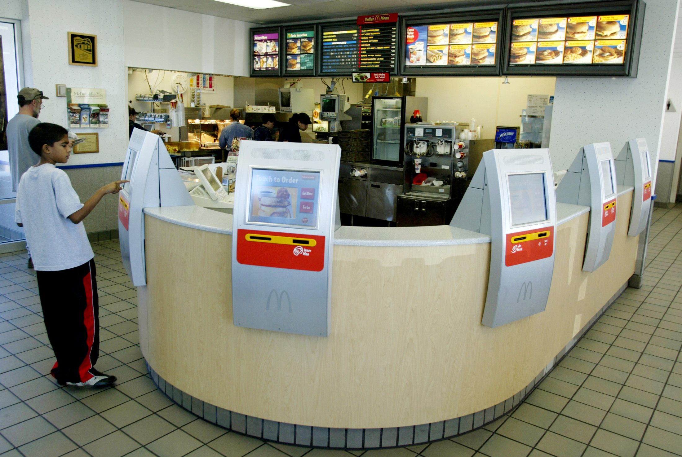 Wendys automation minimum wage