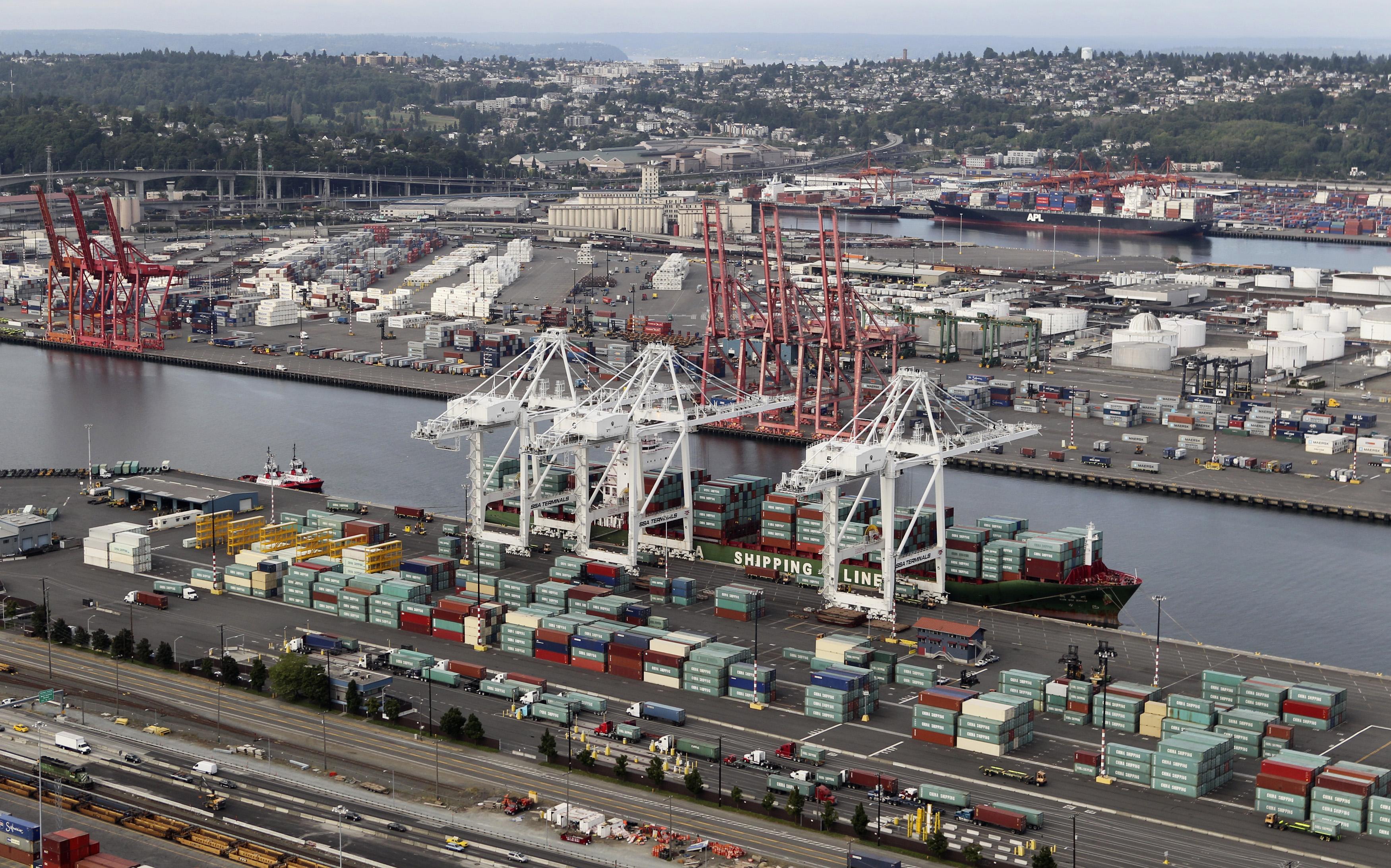 The top 10 metropolitan port complexes in the U S