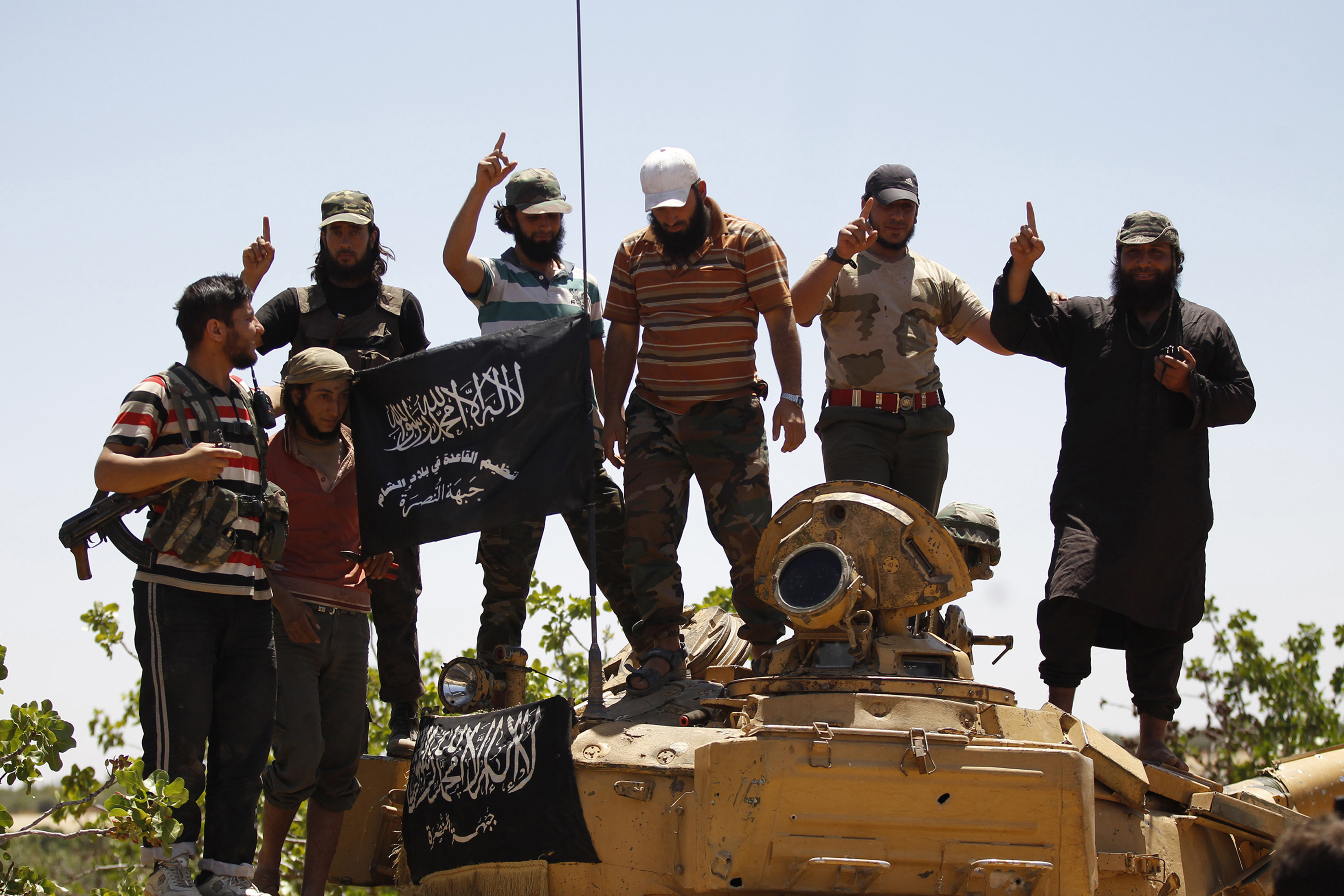 cutting off isis' cash flow