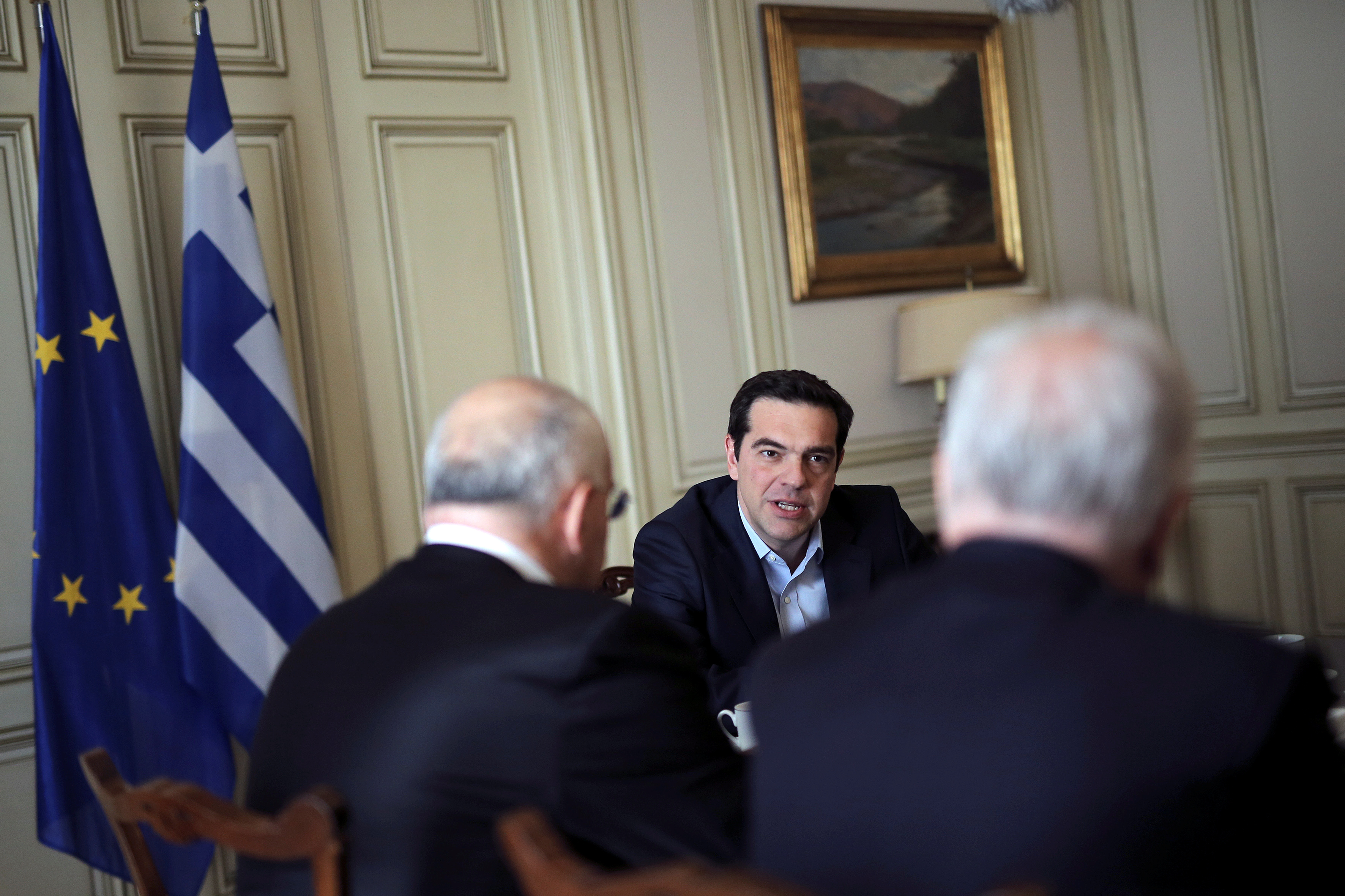 Greek Prime Minister Alexis Tsipras speaks to members of the board of the Hellenic Bank Association during a meeting at the Maximos Mansion in Athens, Greece, February 28, 2017. REUTERS/Alkis Konstantinidis - RTS10RW9