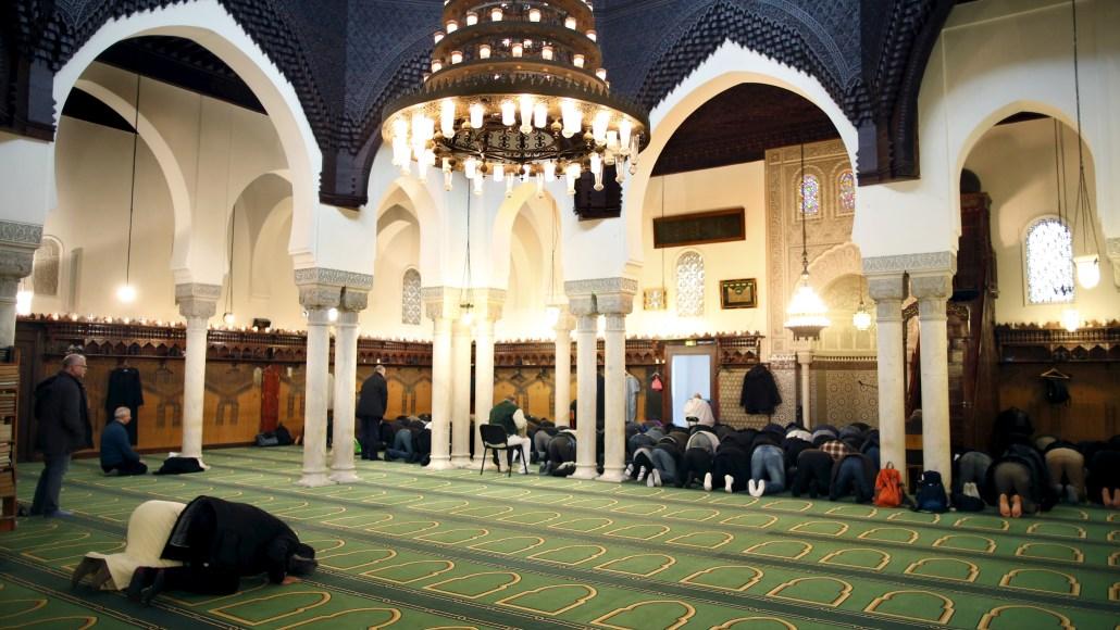 """هل هناك """"تصويت مسلم"""" في فرنسا ؟ Paris_grand_mosque001"""