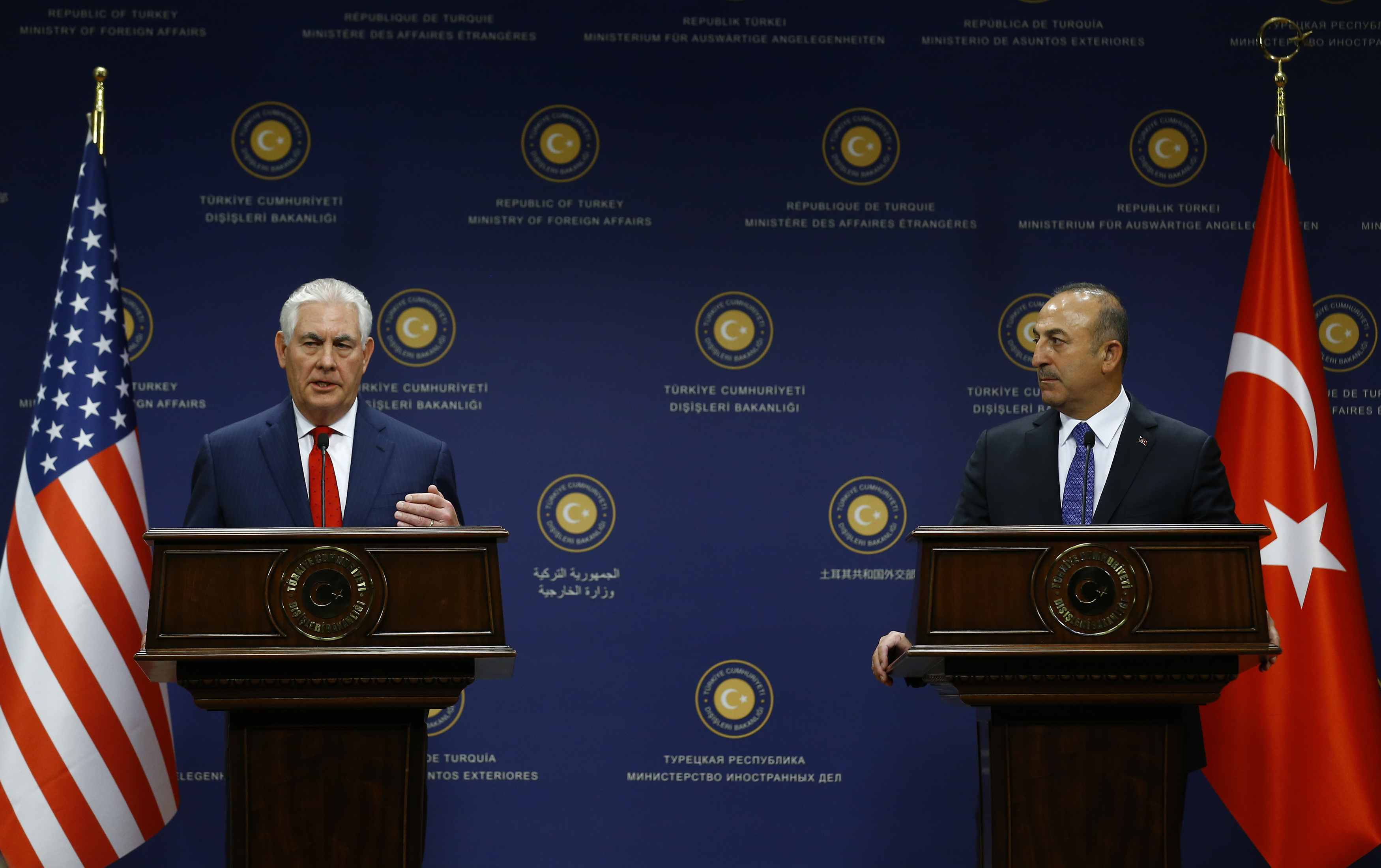U.S. Secretary of State Rex Tillerson and Turkish Foreign Minister Mevlut Cavusoglu attend a news conference in Ankara, Turkey, March 30, 2017. REUTERS/Umit Bektas