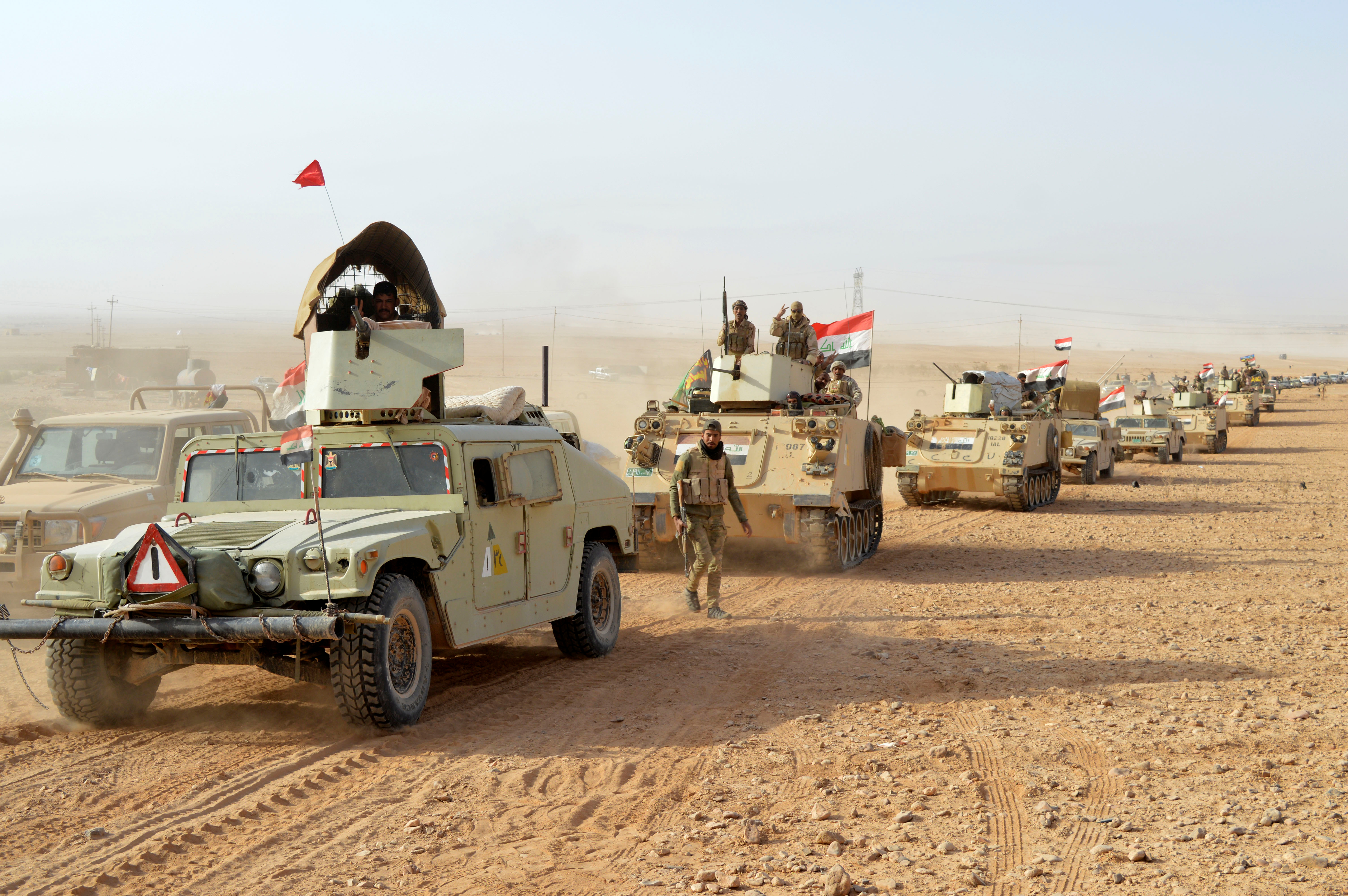 Bush skickar skyddsstyrka till irak