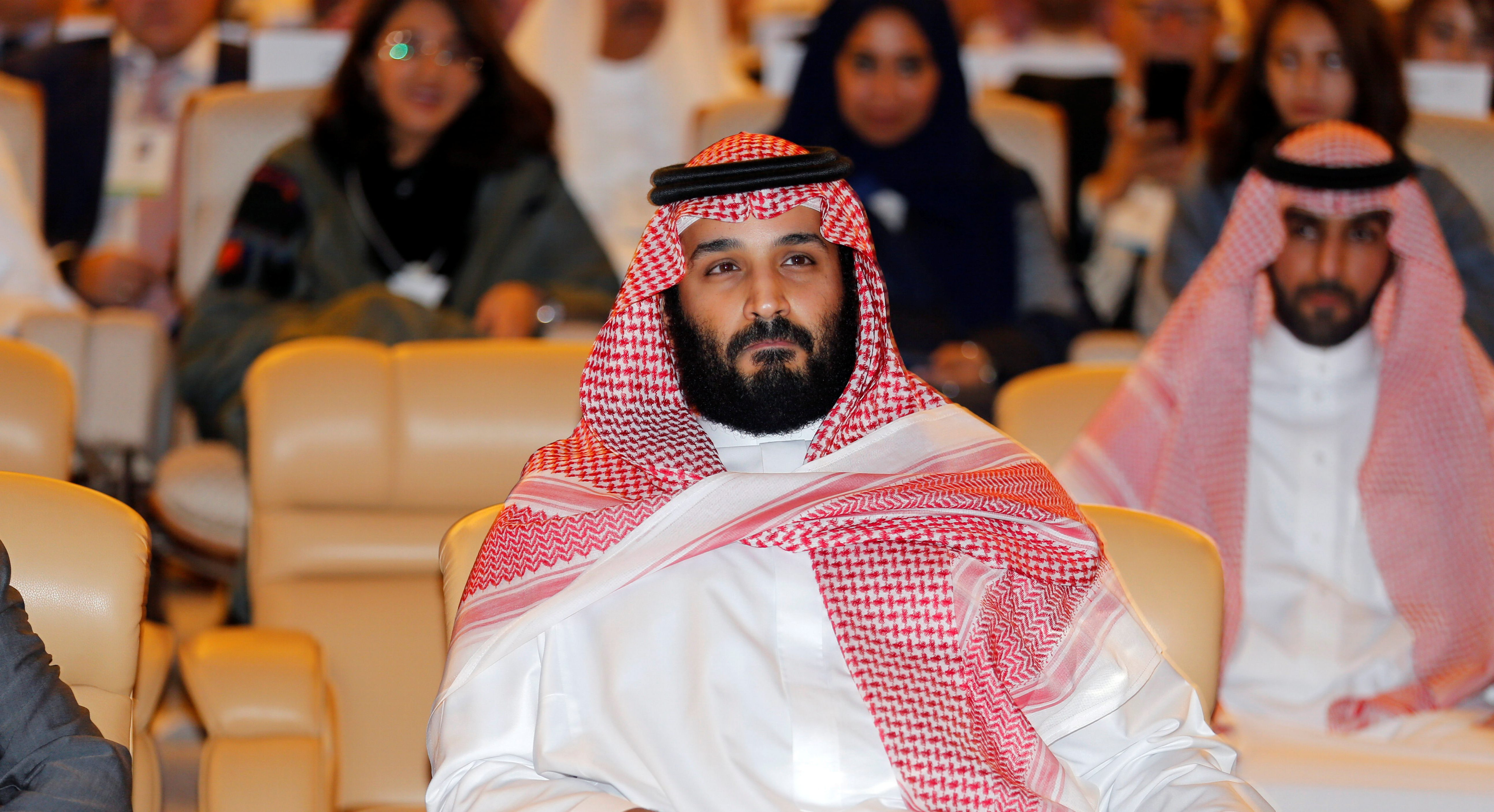 Saudi Crown Prince Mohammed bin Salman, attends the Future Investment Initiative conference in Riyadh, Saudi Arabia October 24, 2017. REUTERS/Hamad I Mohammed - RC14B99CF4A0