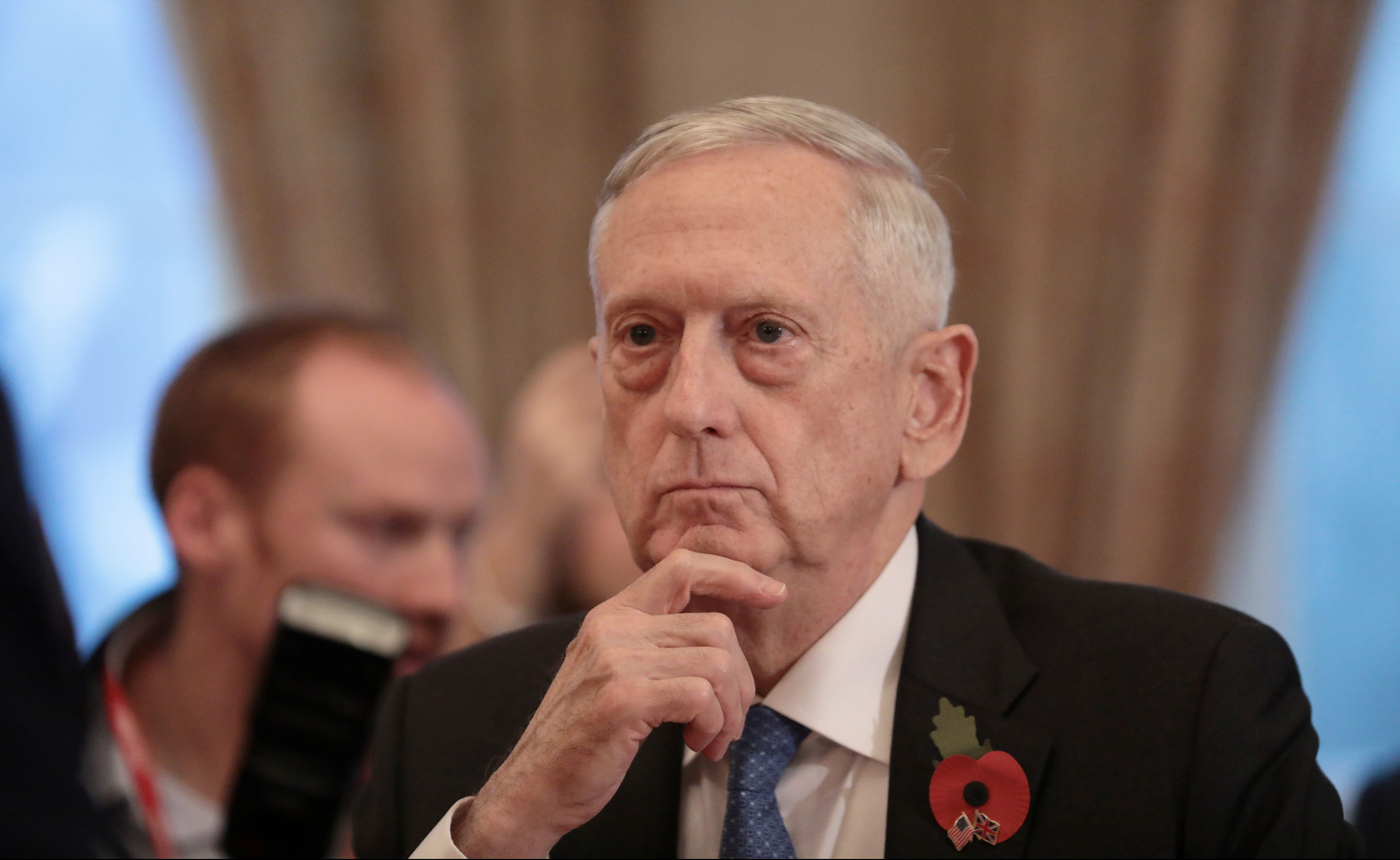 U.S. Secretary for Defense, Jim Mattis, sits opposite Britain's Secretary of State for Defence, Gavin Williamson, before a meeting at the Ministry of Defence (MoD) in central London, Britain November 10, 2017. REUTERS/Simon Dawson - RC1A8163C750