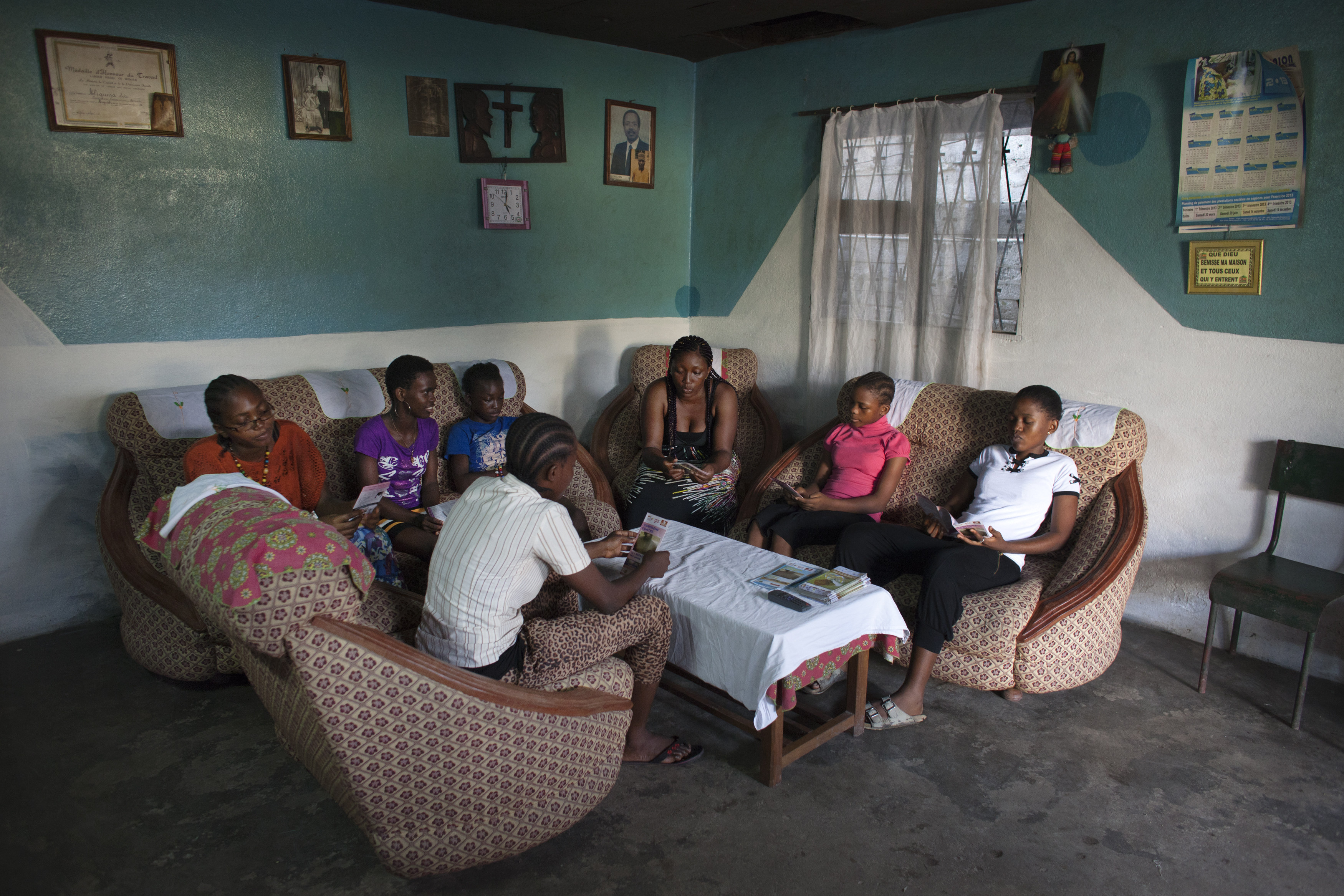 Informal education session in Cameroon