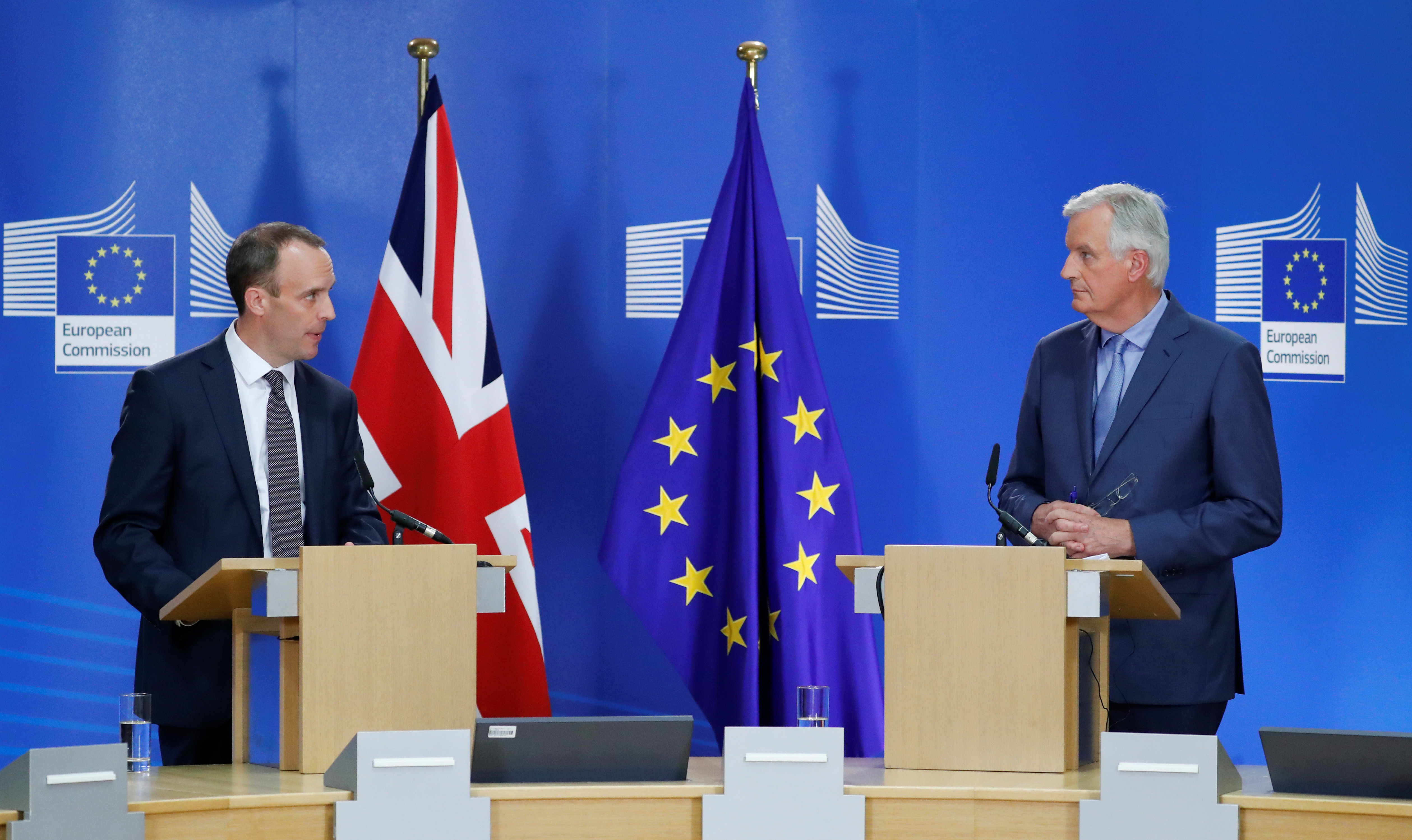 Britain's Secretary of State for Exiting the European Union Dominic Raab and European Union's chief Brexit negotiator Michel Barnier hold a joint news conference in Brussels, Belgium July 26, 2018. REUTERS/Yves Herman - RC1661622400