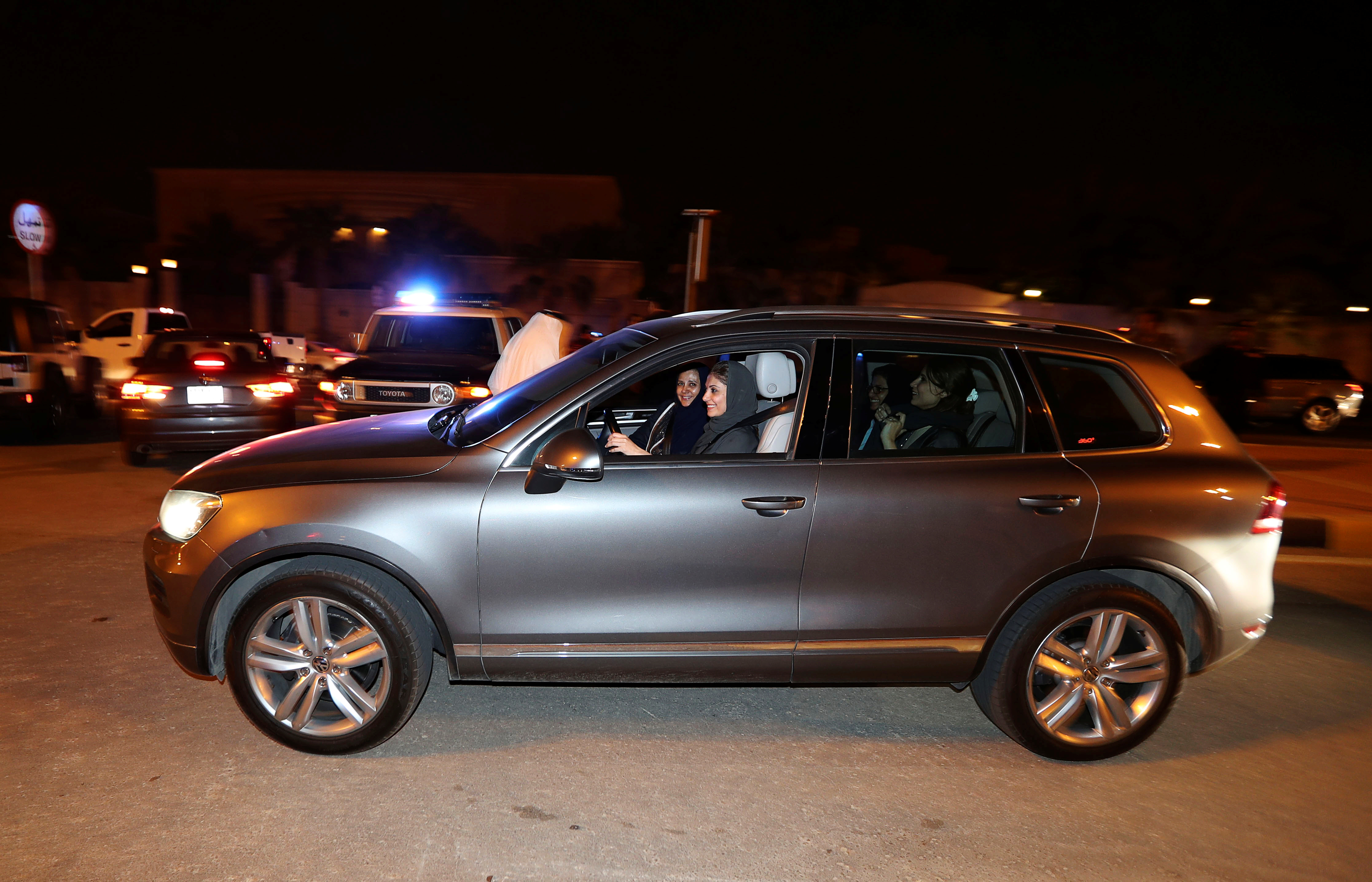 A Saudi woman drives her car in Al Khobar, Saudi Arabia, June 24, 2018. REUTERS/Hamad I Mohammed - RC149DE96480