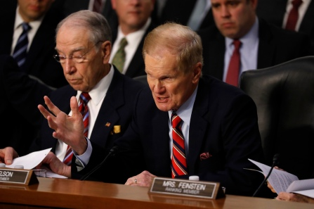 Sen. Bill Nelson (D-FL) questions Facebook CEO Mark Zuckerberg as Zuckerberg (not pictured) testifies before a joint Judiciary and Commerce Committee hearing on Capitol Hill in Washington, U.S., April 10, 2018. REUTERS/Aaron P. Bernstein - HP1EE4A1HXS64