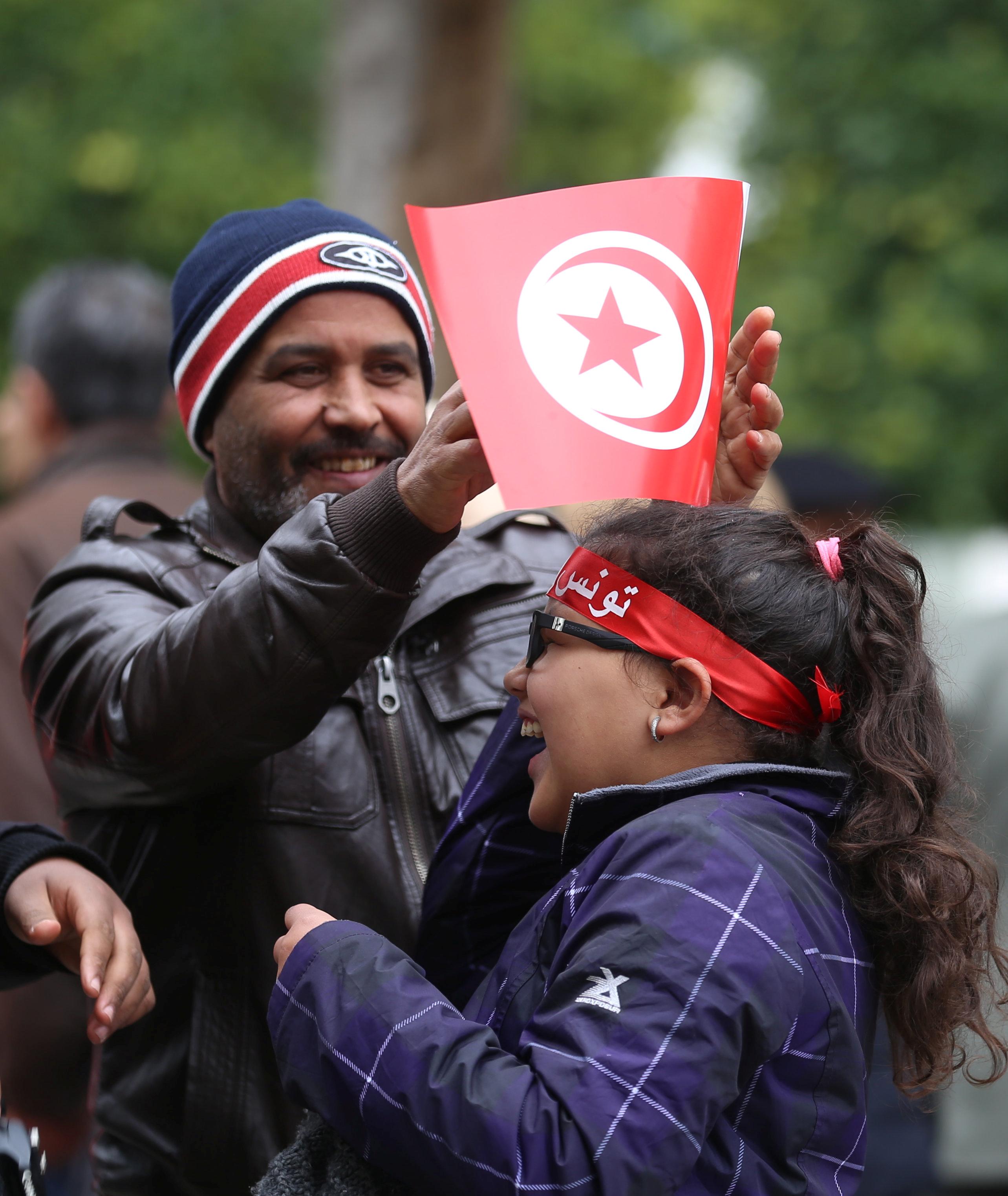 dating a tunisian guy