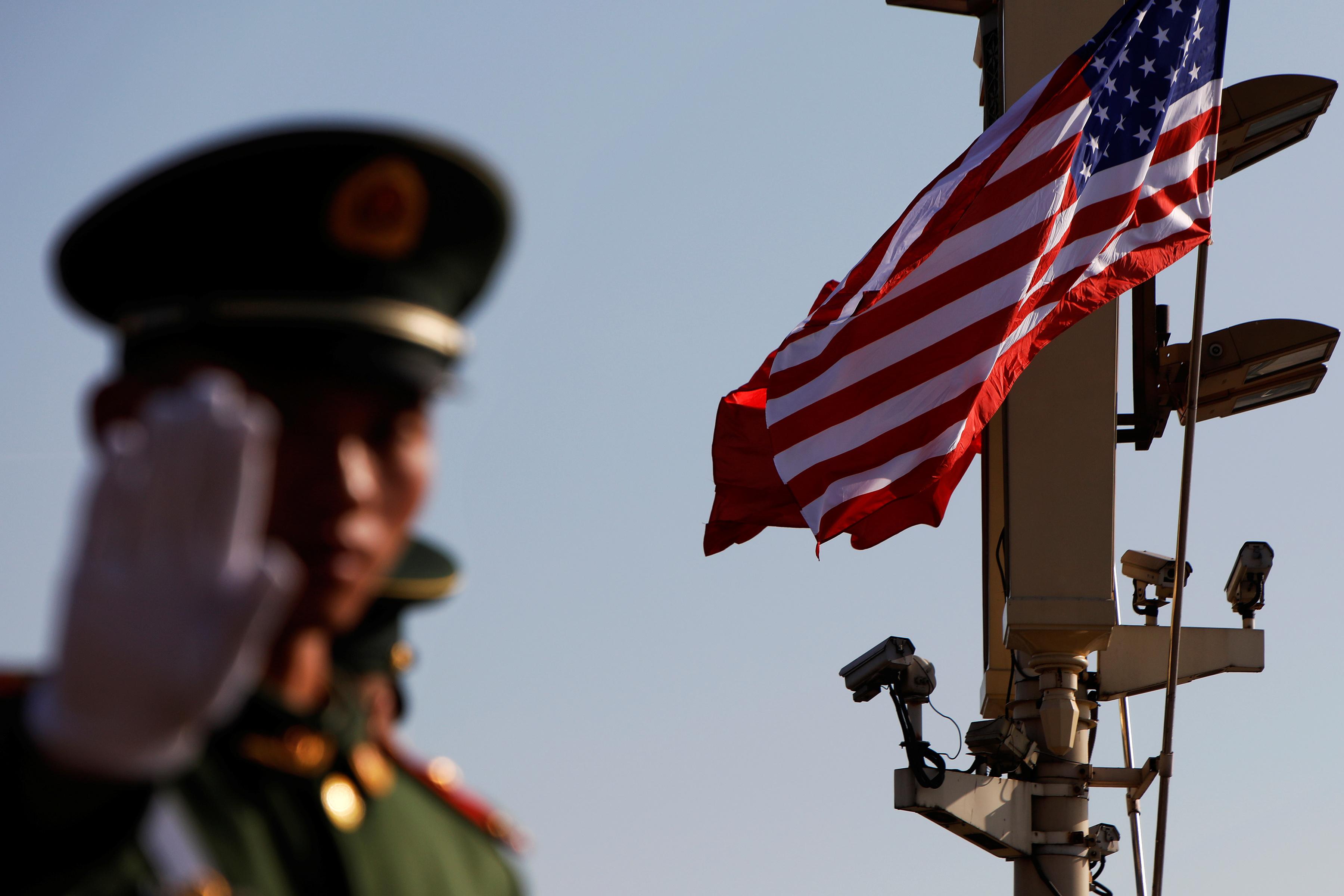 Afghaner far ta over sakerheten i fortid