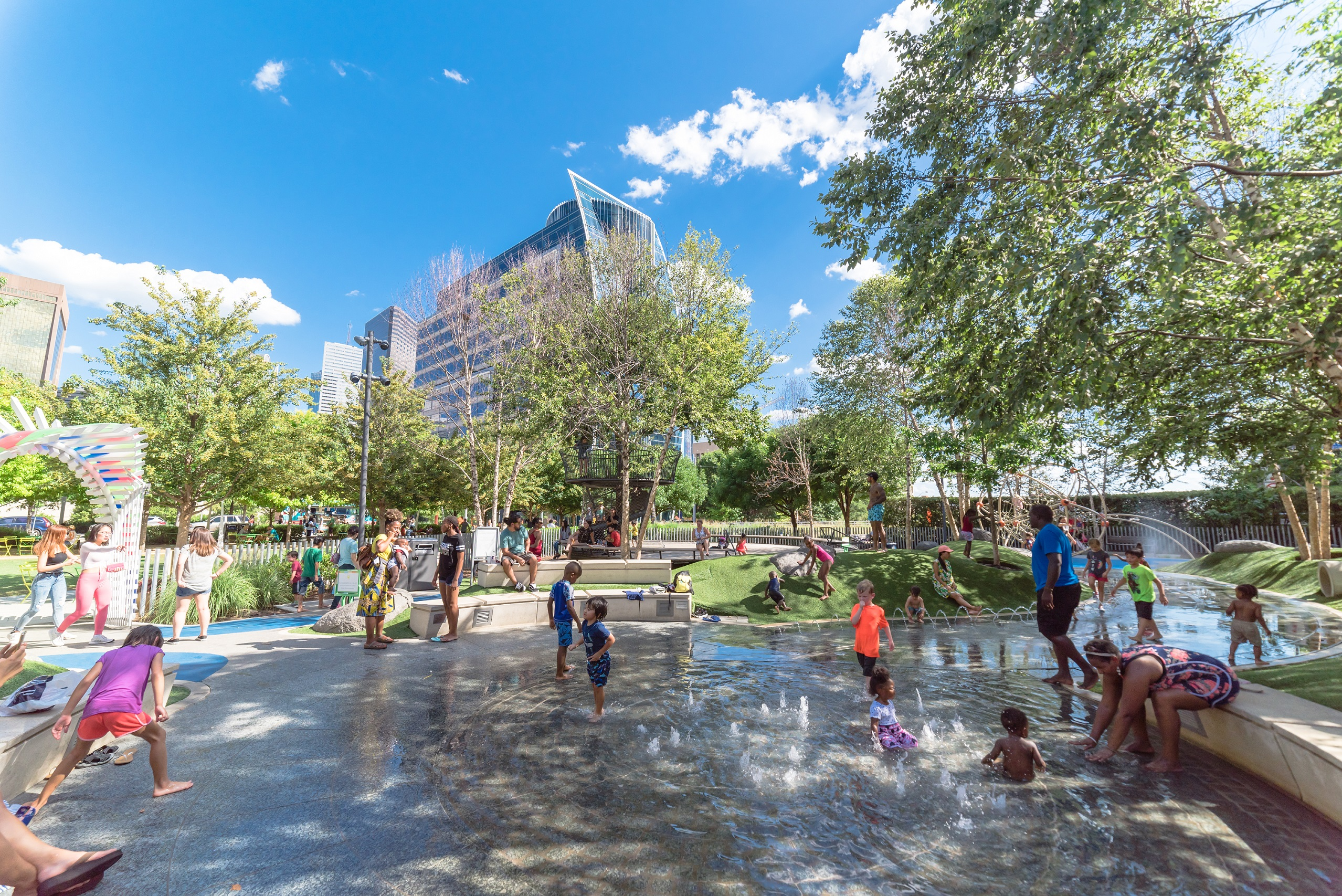 Urban Districts Embrace Social >> Why We Need To Invest In Transformative Placemaking