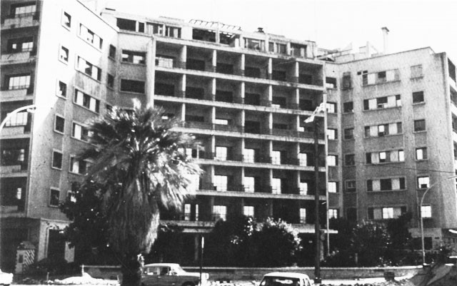 The American embassy in west Beirut, as it appeared before the April 1983 bombing. Courtesy of Wikimedia Commons.