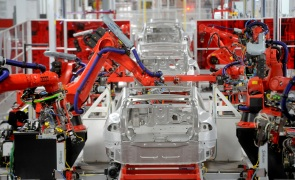 Are robots in Michigan destroying jobs in Chihuahua?