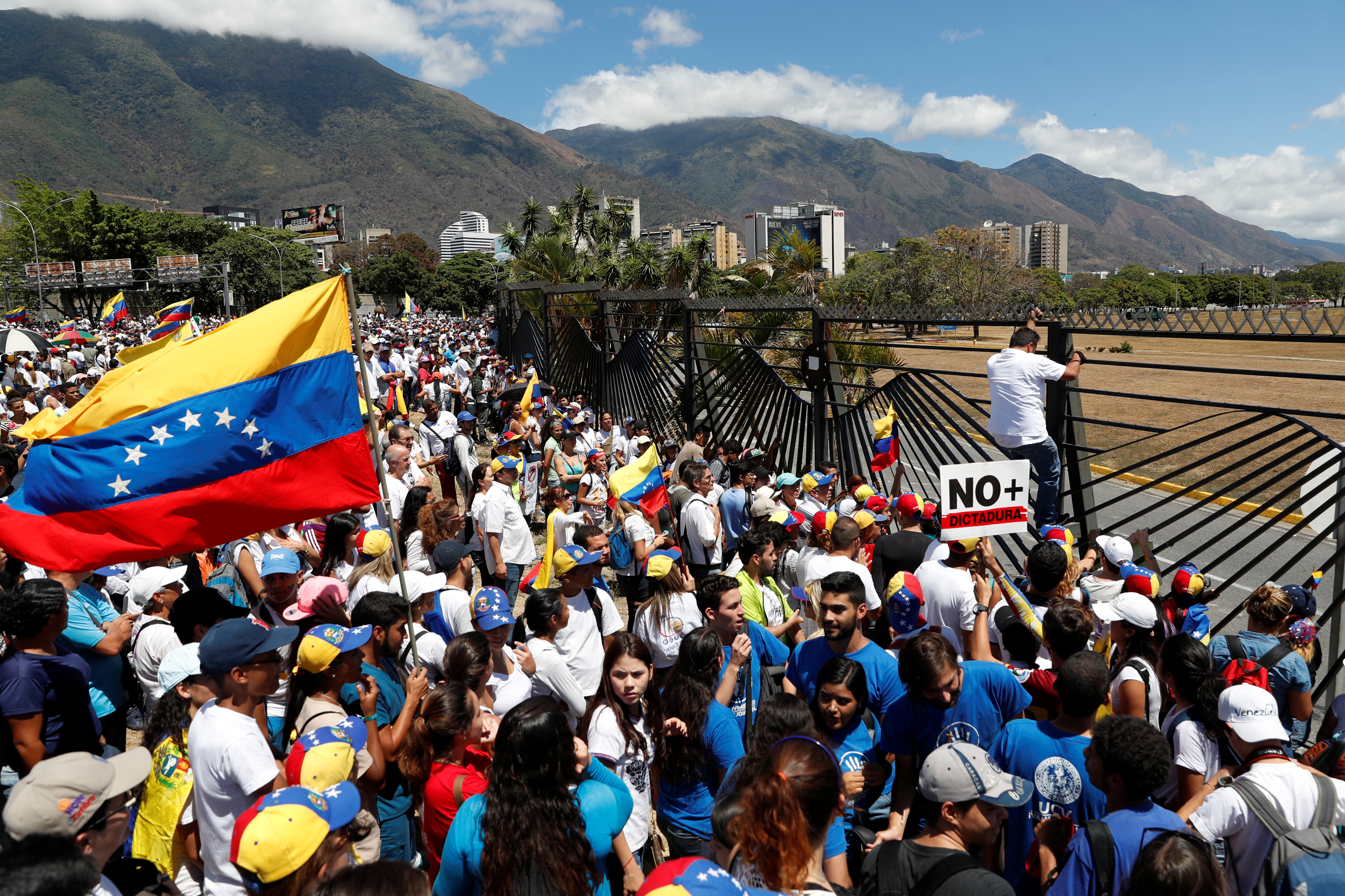 Made by Maduro: The Humanitarian Crisis in Venezuela and ...