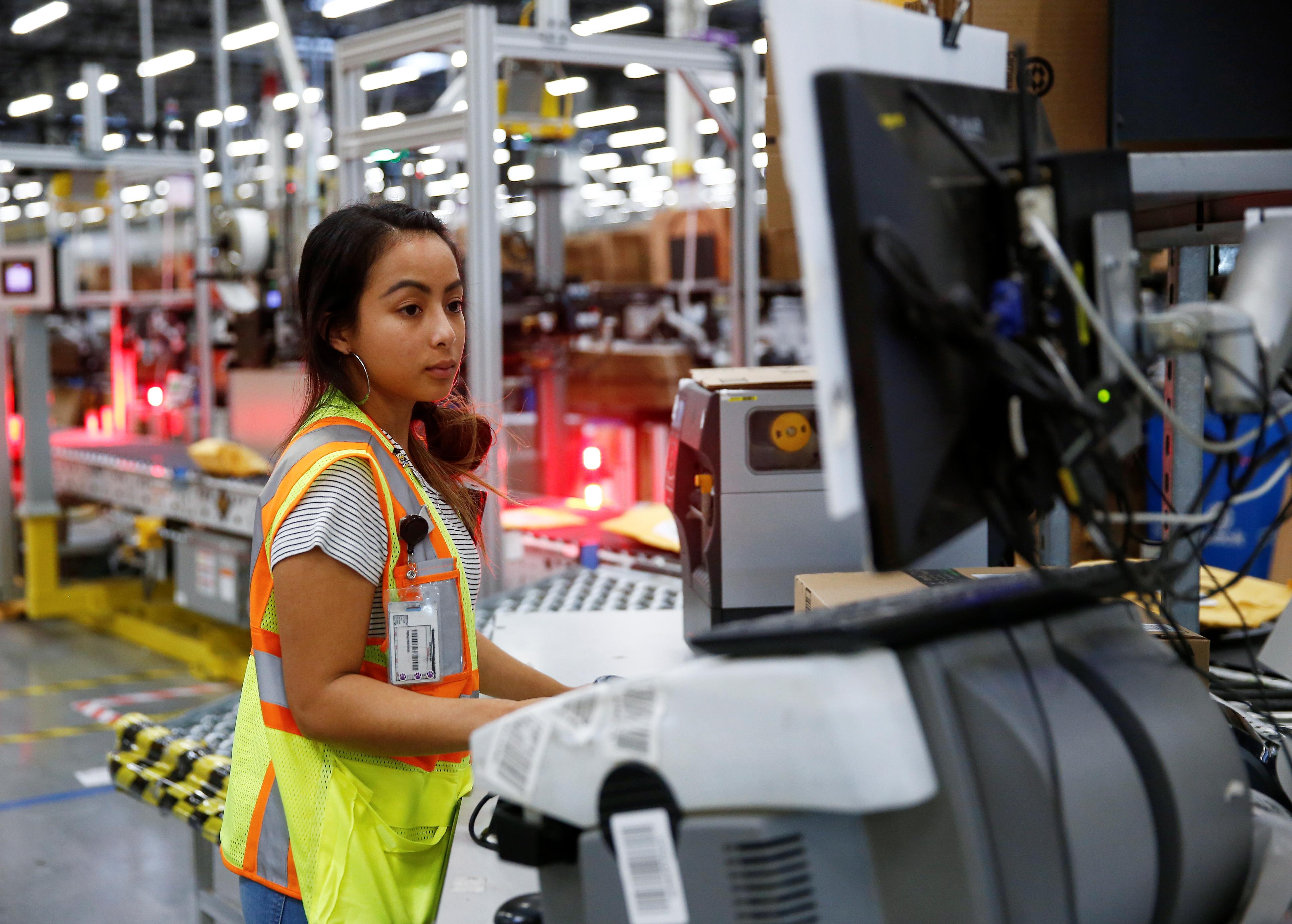CUE US Amazonfactory 001.'