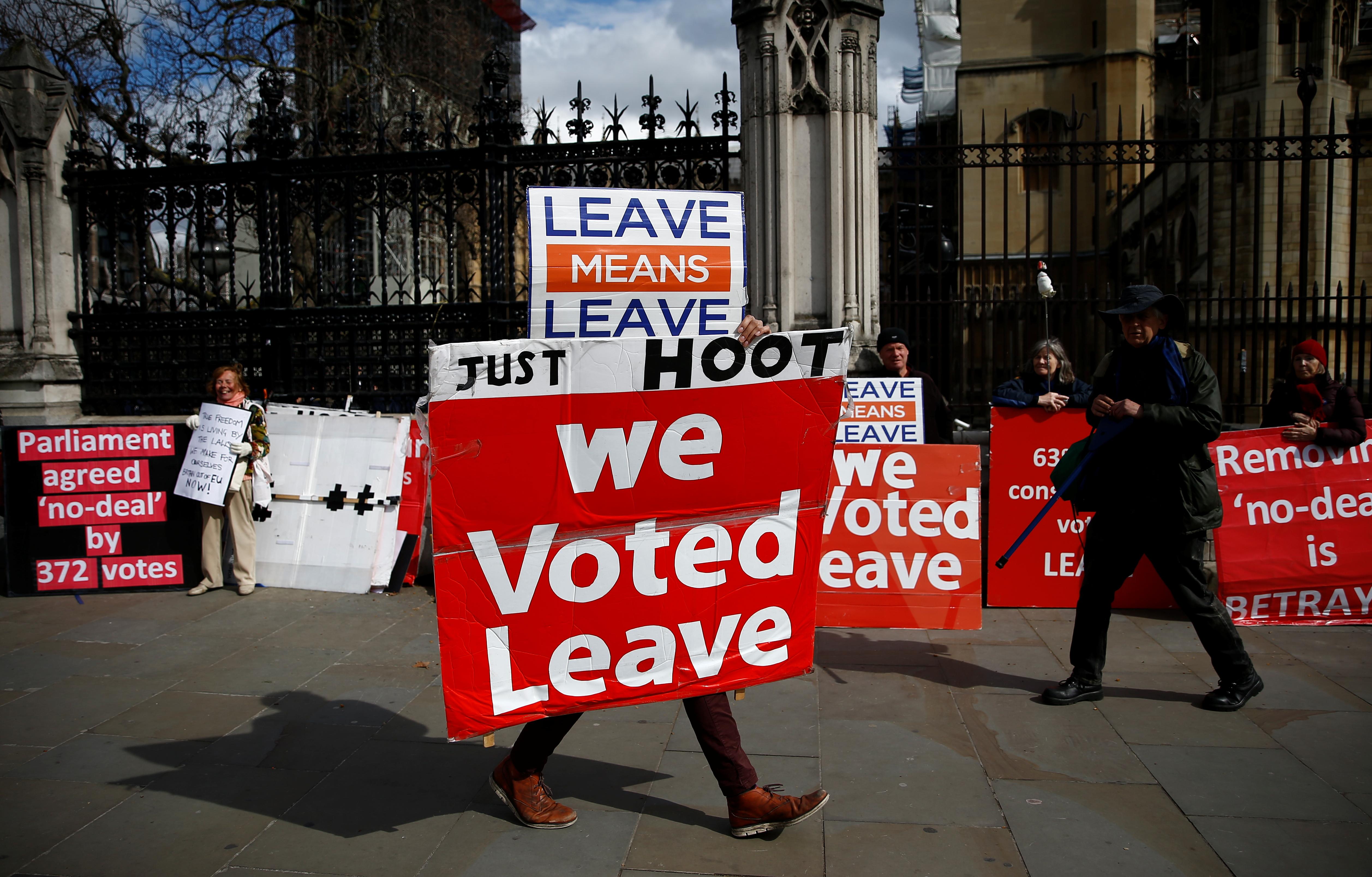 Brexit Endgame: British Parliament Faces Naked Protestors