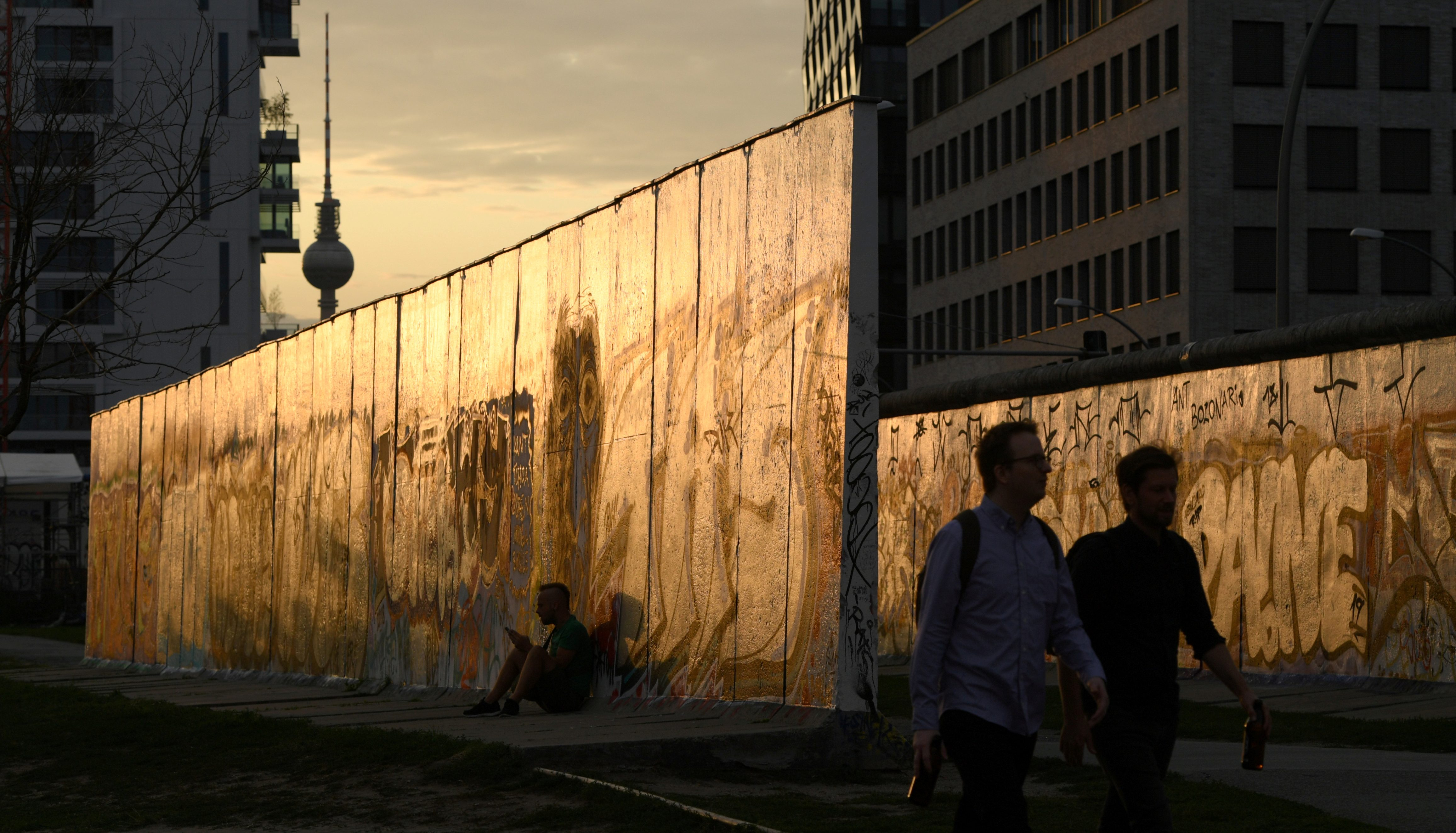 The East Side Gallery, a segment of the original wall which has been turned into an open-air museum, August 12, 2019. (Annegret Hilse/Reuters)