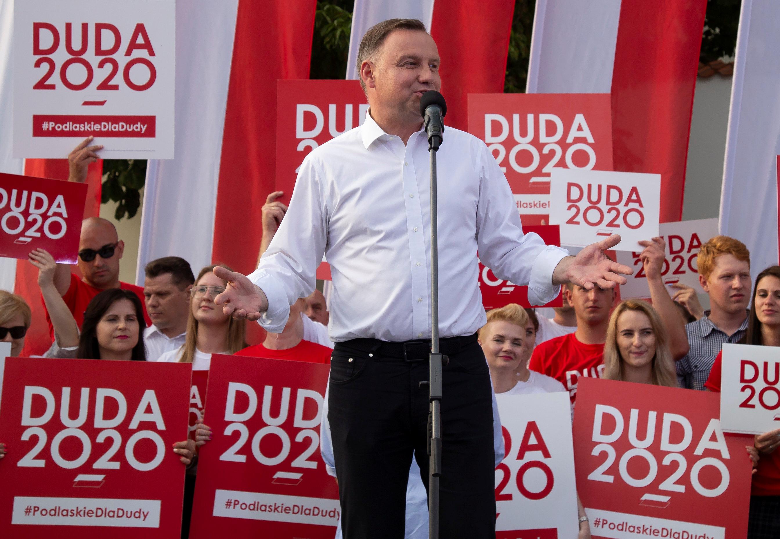 Por que Trump não deveria receber o presidente polonês Duda 1
