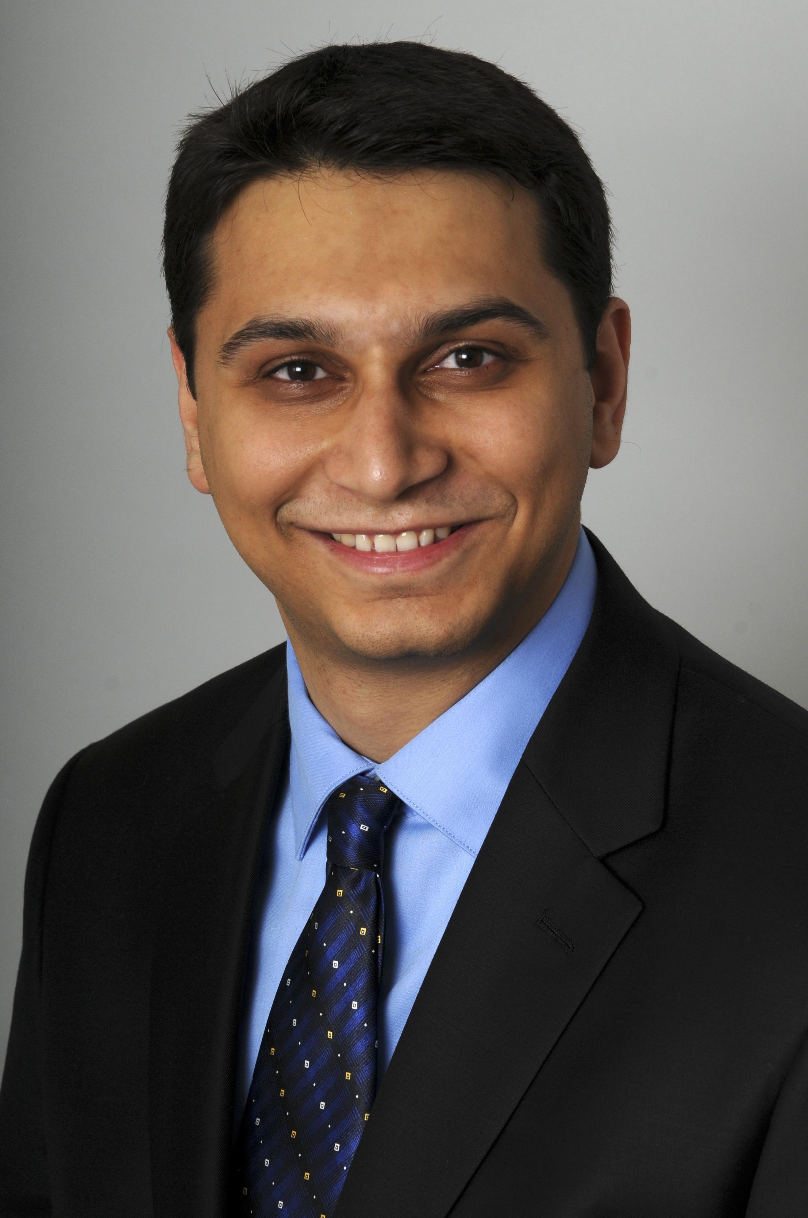 Sanjay Patnaik at the HBS campus in Boston April 19, 2011Photographer: Neal Hamberg