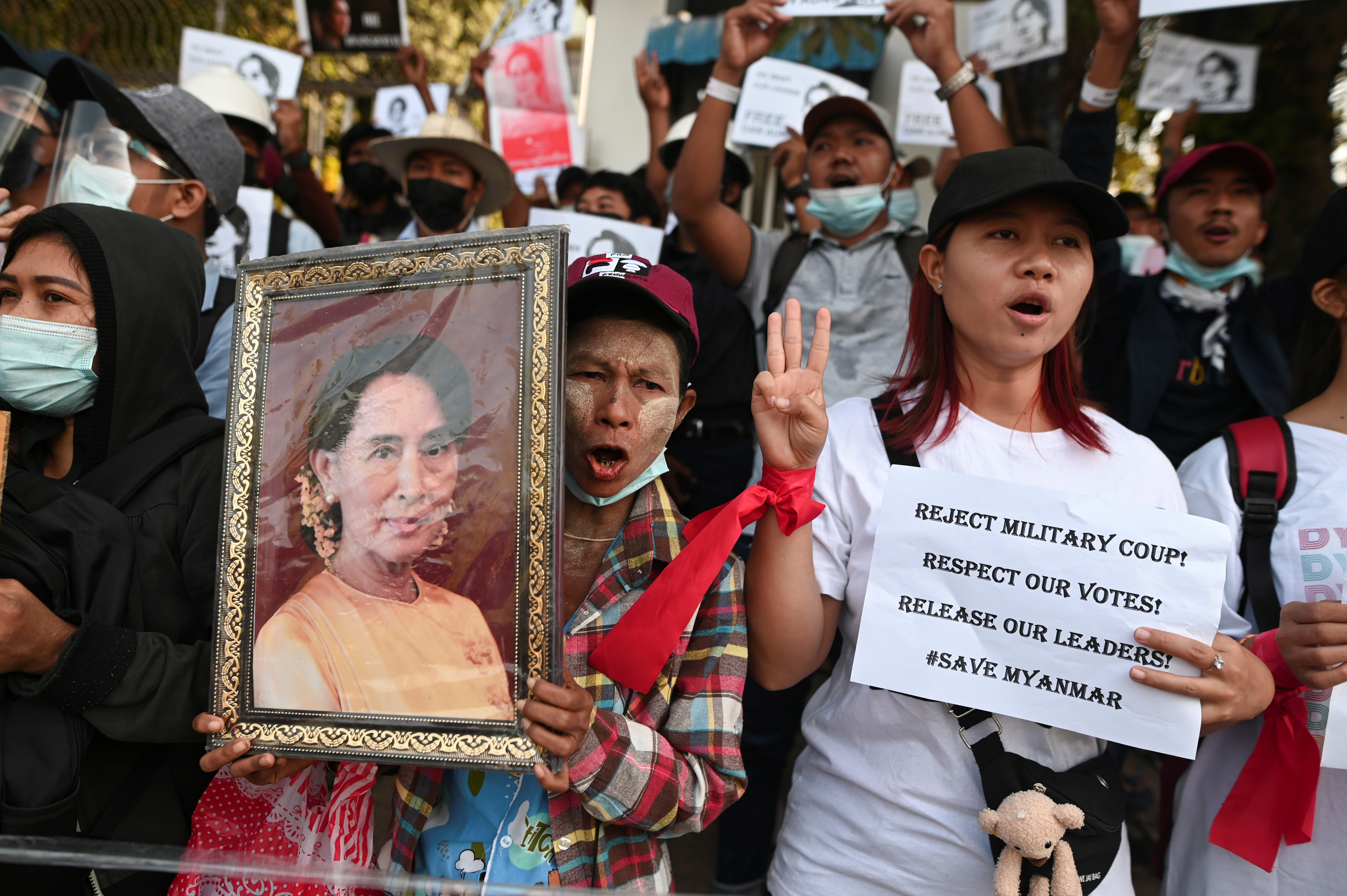 To understand post-coup Myanmar, look to its history of popular resistance — not sanctions
