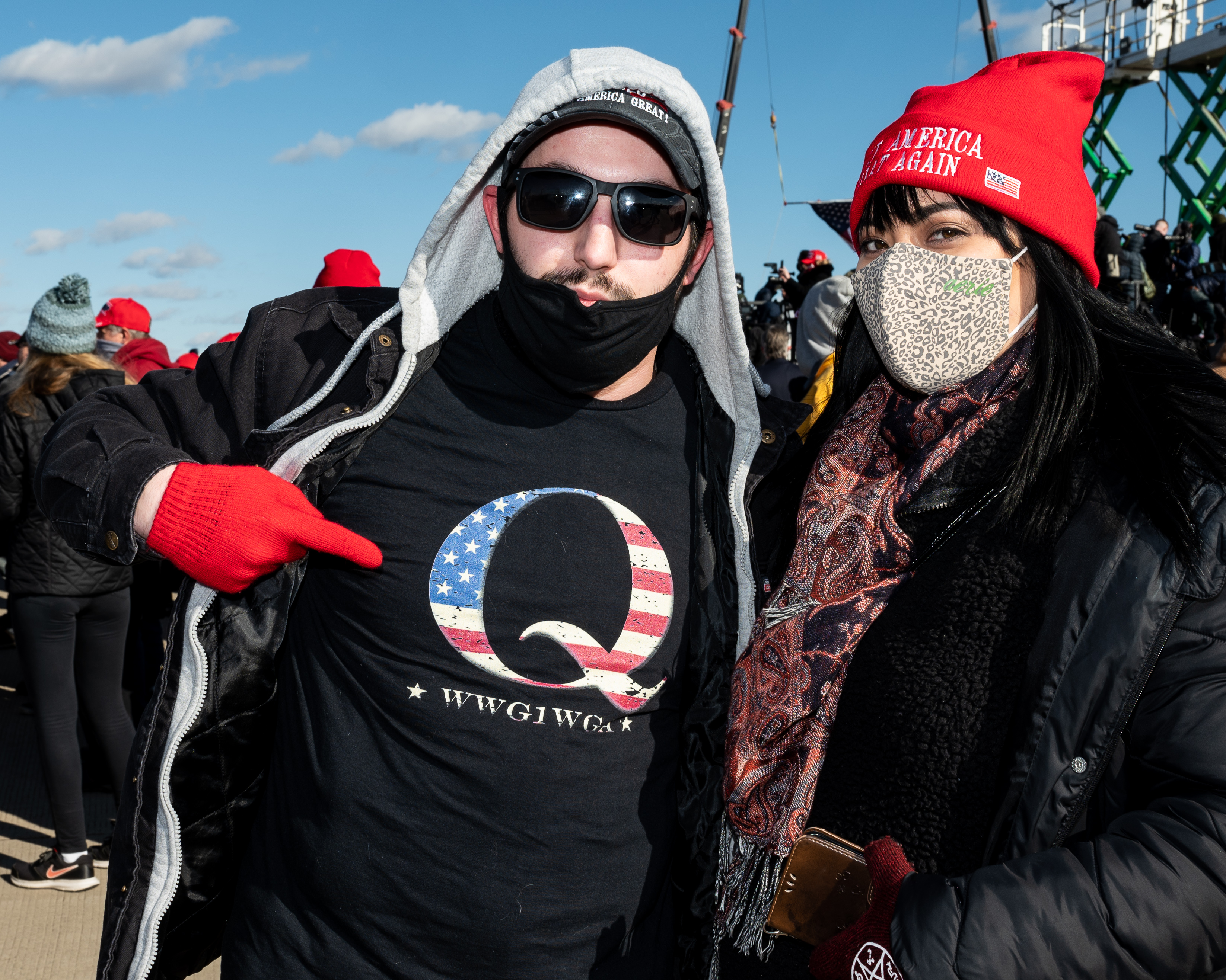 November 2, 2020 - Avoca, PA, United States:  Man wearing a t-shirt with the QAnon symbol at a rally for President Donald Trump's reelection at  Wilkes-Barre Scranton International Airport. (Photo by Michael Brochstein/Sipa USA)No Use UK. No Use Germany.
