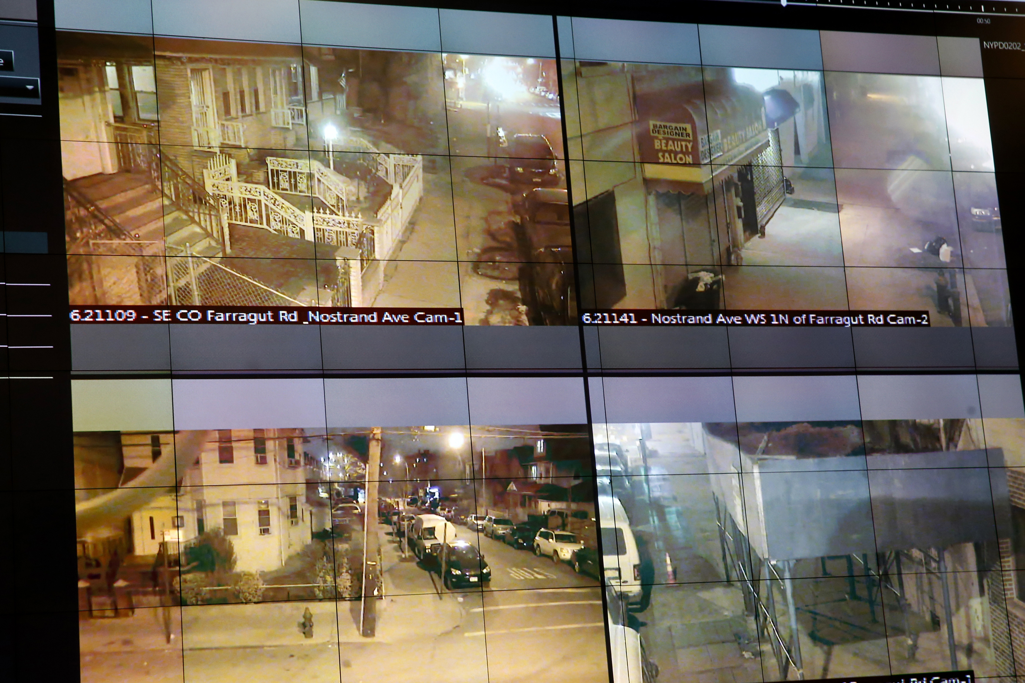 A display of the NYPD ShotSpotter gunfire-detection system is seen in New York March 16, 2015. REUTERS/Shannon Stapleton (UNITED STATES - Tags: CRIME LAW)