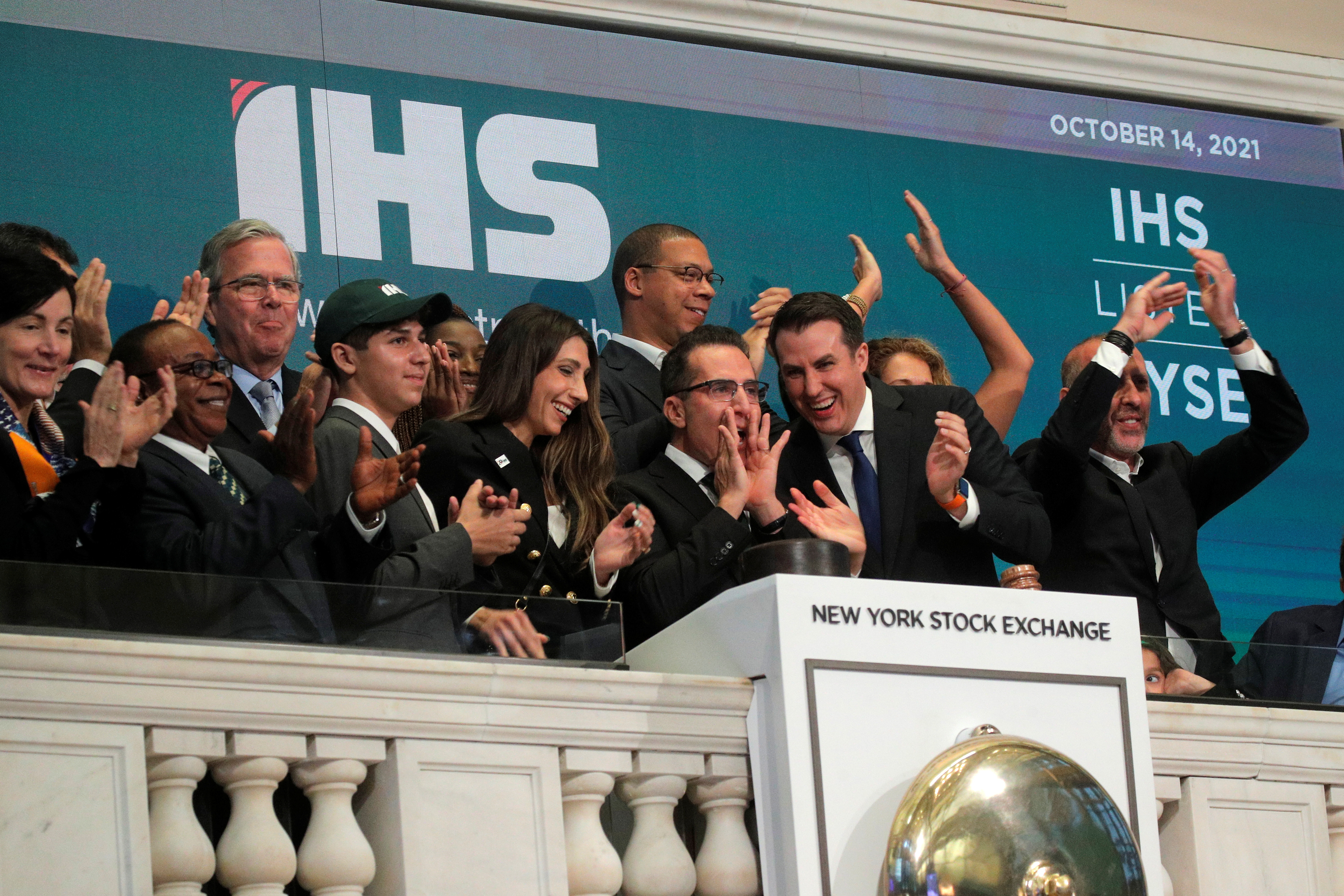 Sam Darwish, Chairman & CEO of IHS Holding Ltd, rings the opening bell to celebrate his company's IPO at the New York Stock Exchange (NYSE) in New York City, U.S., October 14, 2021.  REUTERS/Brendan McDermid